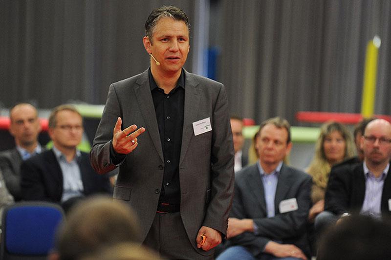 Jens-Uwe-Meyer-Keynotespeaker-Fachbuchautor